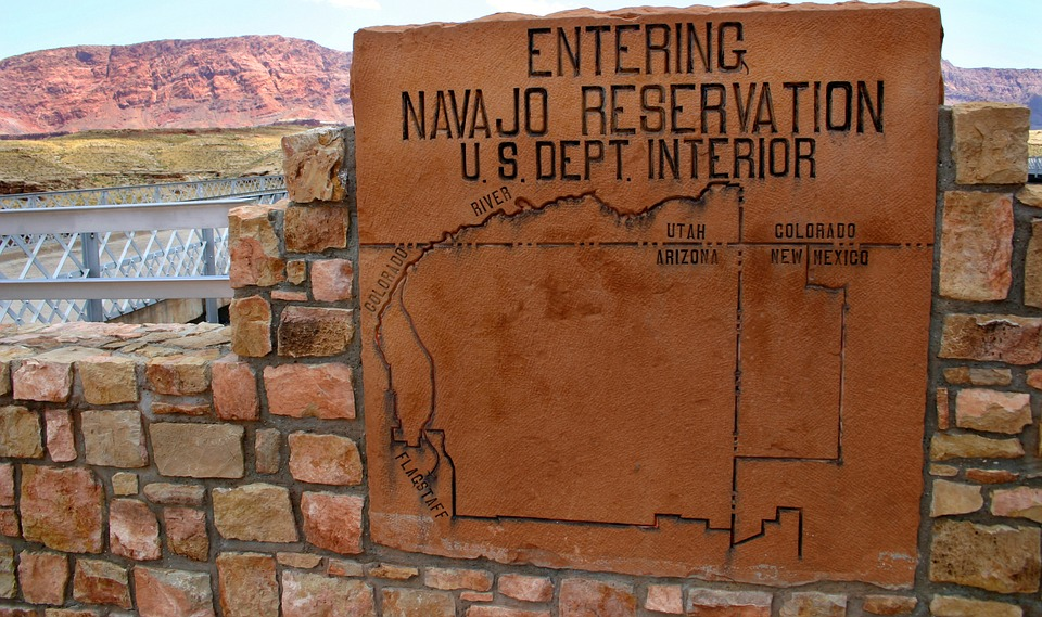 Image: Navajo Nation sues U.S. government for $160 million over toxic waste damage to their community