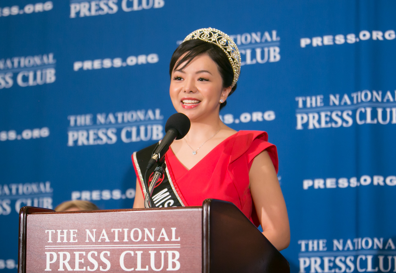 Image: Canadian beauty queen censored over comments critical of Communist China