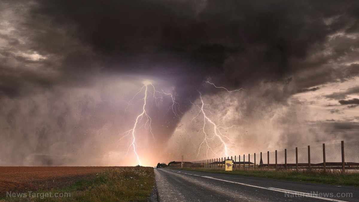 Image: Strange new research claims thunderstorms may trigger asthma outbreaks