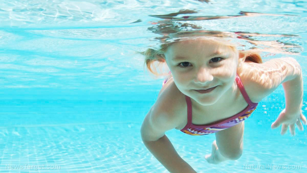 Image: Science SHOCK: Chlorine in swimming pools transforms sunscreen into cancer-causing toxic chemical right on your skin