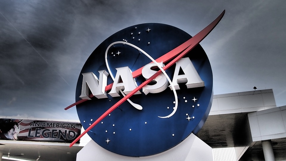 "Image: NASA appoints ""planetary protection officer"" to act as an intermediary between humans and extraterrestrial life"