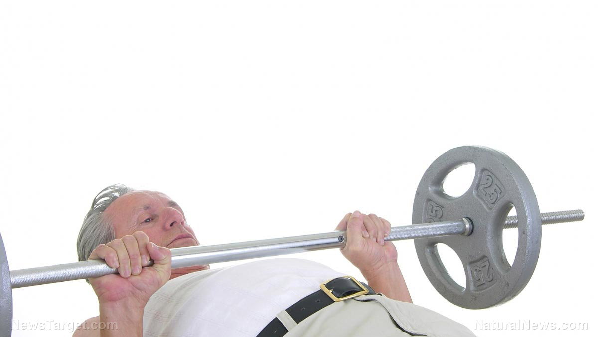 Image: New study finds older adults should pump more iron: Weight training has better results than cardio for weight loss in the over 60 crowd