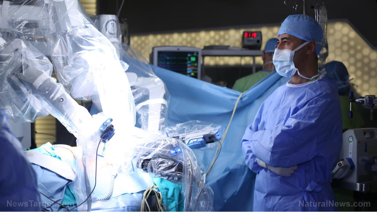 Image: Surgical robot BOTCHES surgery, kills man on operating table while doctors sipped lattes