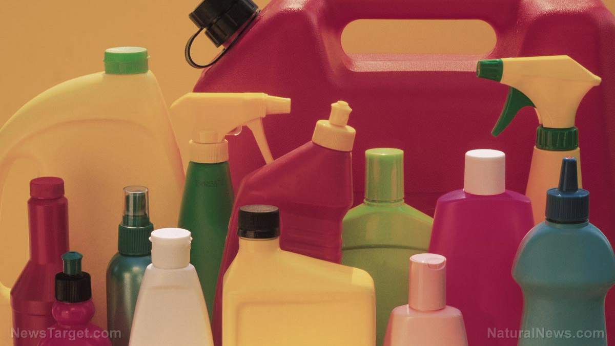 Image: Women who use cleaning chemicals found to be at higher risk of lung function decline