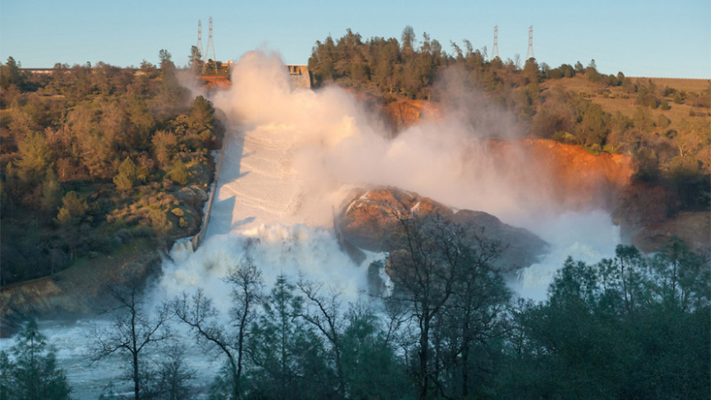 Image: Lawsuit from last year's Oroville Dam debacle seeks up to $51 billion in penalties