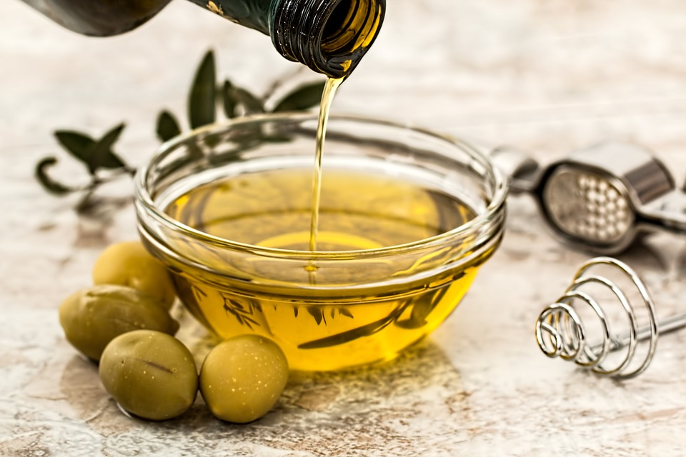 Image: Olive byproducts, when added to sunflower oil, can improve oxidative stability