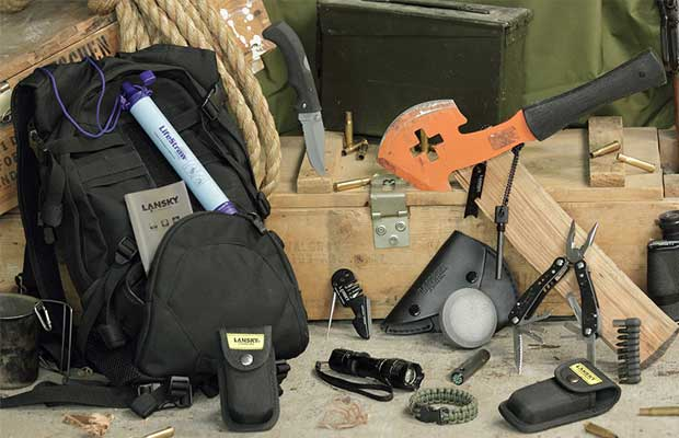Image: Always ready: Prepper gear for short- and long-term survival