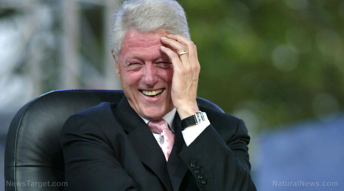 Image: Court unseals documents: Bill Clinton alleged to have appeared on Epstein's Island