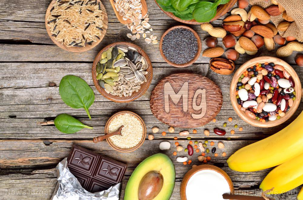 Image: Incorporating magnesium-rich foods into your diet helps reduce insulin resistance even if you don't have diabetes